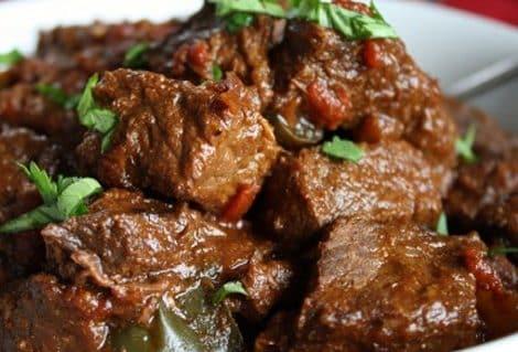 carne de res guisada